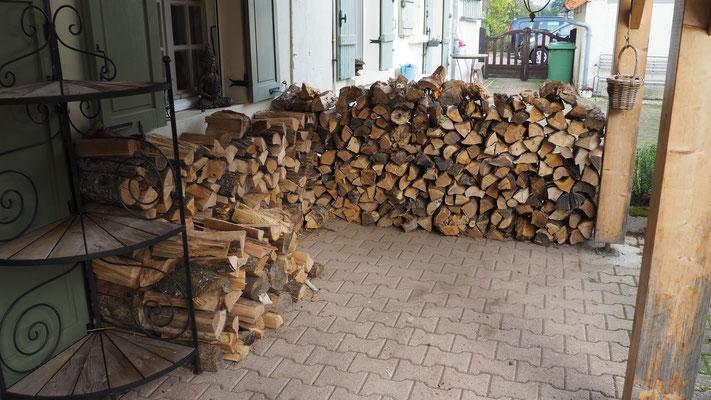 Holz für vielleicht 2 Wochen... mal sehen