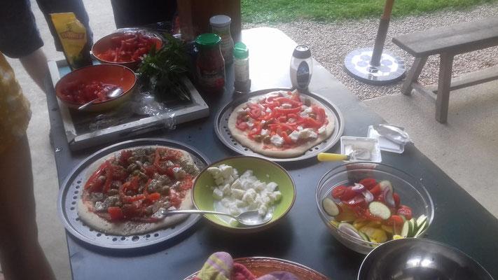 27.07. Pizzaessen mit den Gästen