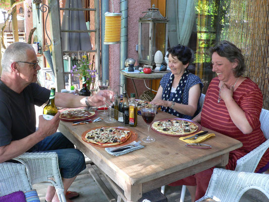 16.06. Pizzaessen mit Pit, Isabella und Ursula