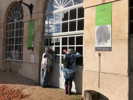 """30.10. Besuch im """"Musée du Velo"""" in Tournus - was aber leider zu hatte"""