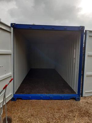 10.11. Hurra! Die Container sind wieder leer