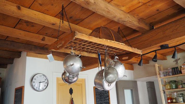 Küche Aufhängung über Tresen