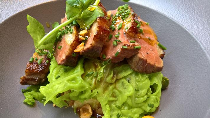 Hauptspeise 2: Duo de canard en deux cuissons / Sauce bigarade / Caramel aux agrumes