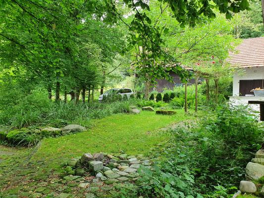 """""""Schattengarten"""" Südwestseite"""