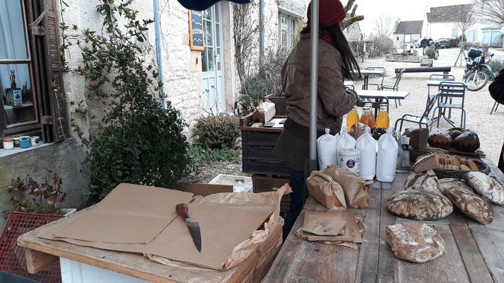18.02. Besuch des Bio-Marktes in Chapaize