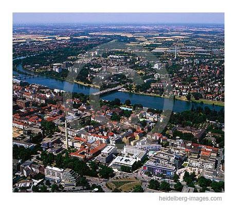 Archiv-Nr. lc10_6731_2 / Blick über Bergheim aus Neuenheimer Feld