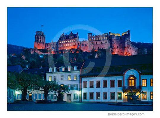 Archiv-Nr. hc95125 / Kornmarkt u. Schloss im Abendlicht
