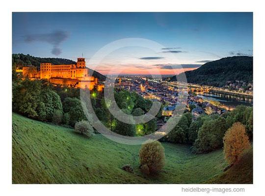 Archiv-Nr. hc2014137 / Nächtliches Heidelberg mit Schloss, Altstadt u. Rheinebene