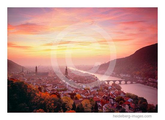 Archiv-Nr. hc2008130 / Blick über Heidelberg  im Abendrot