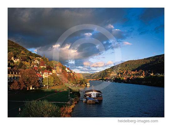 Archiv-Nr. hc2005163 / Herbststimmung Neckar