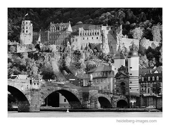 Archiv-Nr. h98126 / Heidelberg Ansicht mit Alter Brücke und Schloss