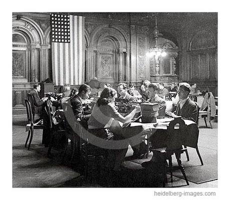 Archiv-Nr. h4510 / Alliiertenverwaltung in der Alten Aula