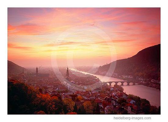 Archiv-Nr. hc2008130 / Spektakulärer Sonnenuntergang über Heidelberg