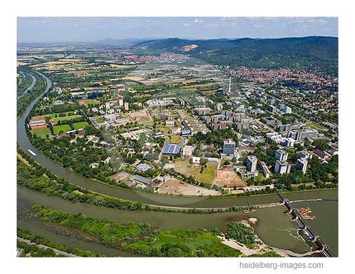 Archiv-Nr. lc10_6851_014396 / Blick über das Neuenheimer Feld Richtung Schriesheim