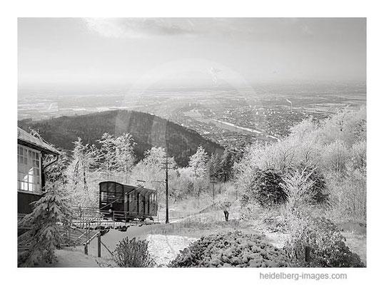 Archiv-Nr. h2001133 / Bergbahn im Winter