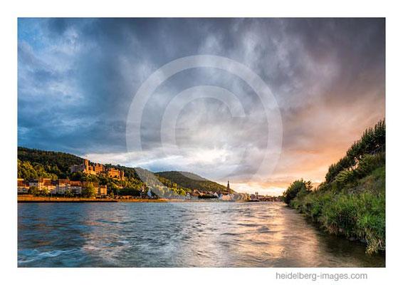 Archiv-Nr. hc2017137 / Herbstliche Stimmung über Heidelberg und Neckar
