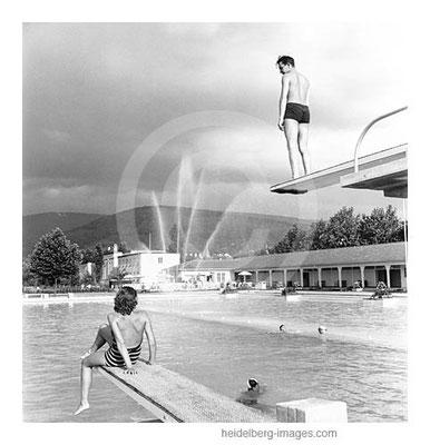 Archiv-Nr. h27-10 / Heidelberger Thermalbad noch mit Sprungbrett