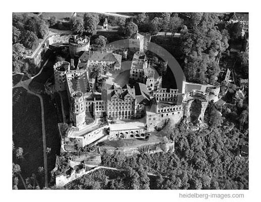 Archiv-Nr. L10_783 / Historische Luftaufnahme vom Schloss