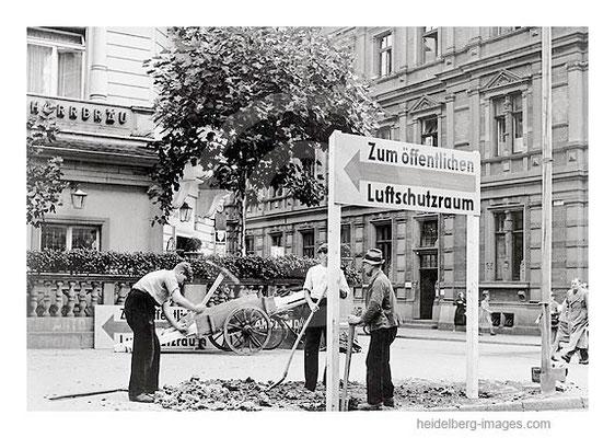 Archiv-Nr. hr121 / Bereits im September 1939 wurden in der Weststadt Luftschutzräume ausgewiesen