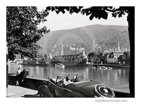 Archiv-Nr.203HR / Heidelberg, August 1938, Cabriolett an der Uferpromenade