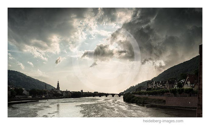 Archiv-Nr. hc2015141 | Neckar und Altstadt
