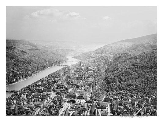 Archiv-Nr. 7510hr  / Historische Luftaufnahme von 1929 mit dem Alten Bahnhof von Heidelberg