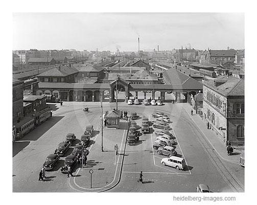 Archiv-Nr. H5003 / Alter Heidelberger Bahnhof um 1950