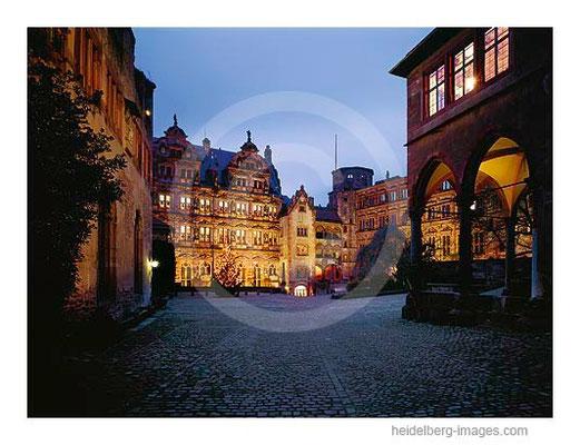 Archiv-Nr. hc2005136 / Schlossinnenhof bei Nacht