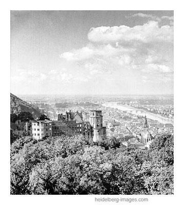 Archiv-Nr. h51-54 / Blick über das Schloss in die Rheinebene