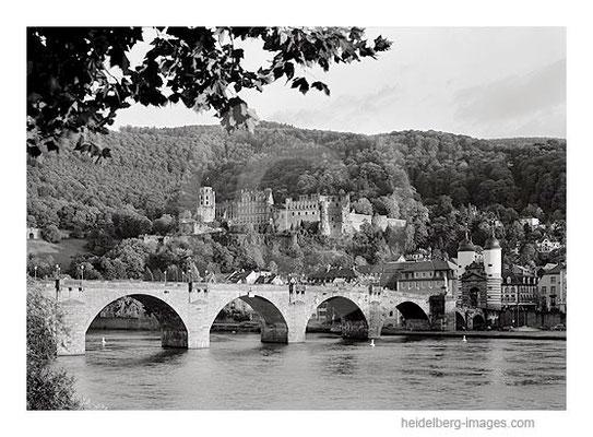Archiv-Nr. h97153 / Schloss und Alte Brücke