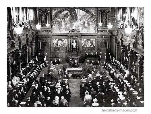 Archiv-Nr. h6107 / Versammlung in der Alten Aula