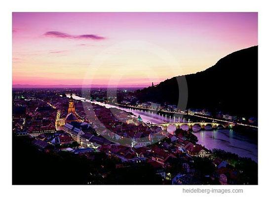 Archiv-Nr. hc2009115 / Ungewöhnliches Farbspiel im Himmel über Heidelberg