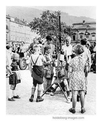 Archiv-Nr. hr258 / Waffenvorführung der Wehrmacht auf dem Bismarkplatz