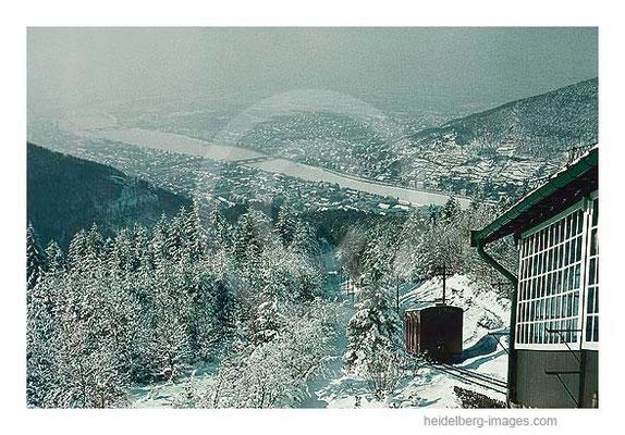 Archiv-Nr. 277HC / Bergbahn im Winter