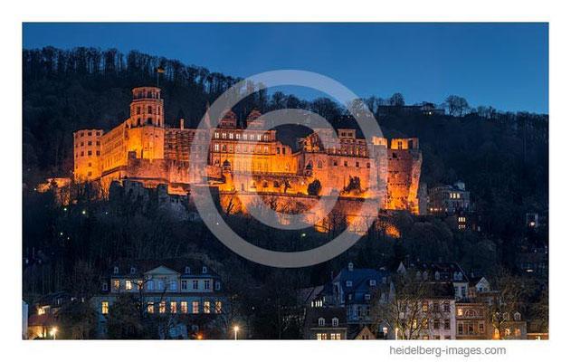 Archiv-Nr. hc2014111/ Schlossfassade bei Nacht
