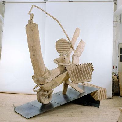 ES GEHT UM DIE WURST, Eiche/Stahl, 320x300x120 cm, 2001