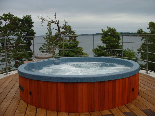 Murano Hot Tub