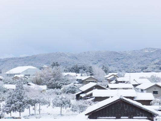 新穂の雪景色02(新穂行政SC屋上から)