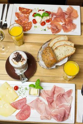 cafe trattoria adoro Kirchheim unter Teck - Qualität • Geschmack • Viva la Vita