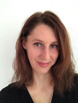 Steffanie Nehrig - Pole Instructor für Beginner Seit 2020
