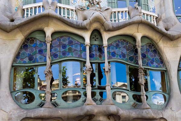 Barcellona - Sulle orme di Gaudì - (2014)