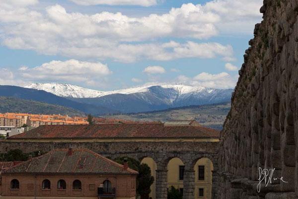 Segovia - L'acquedotto Romano e le nevi di Navacerrada  - (2014)
