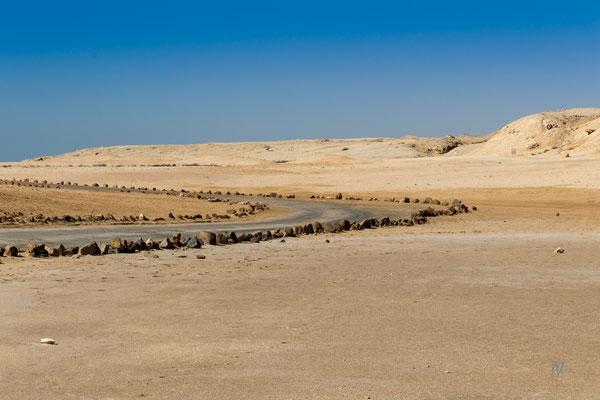 Curva pericolosa - Egitto - (2020)