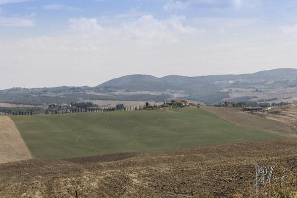 Il fazzoletto di terra - (Crete Senesi 2015)