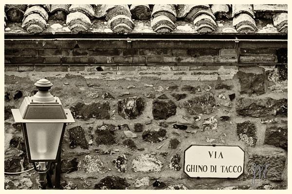 Via Ghino di Tacco