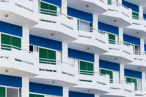 Composizione bianco blu - Puerto de la Cruz - (2019)
