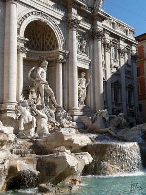Roma - Fontana di Trevi - (2010)
