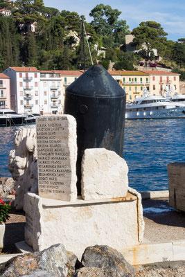 Caduti per la bomba o la bomba per i Caduti - Porto Santo Stefano - (2018)