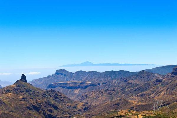 Gran Canaria - Roque Nublo e Tenerife sullo sfondo - (2014)