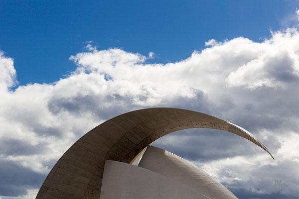 Cielo, nuvole e cemento - Santa Cruz de Tenerife - (2019)